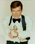 Roger Moore als James Bond