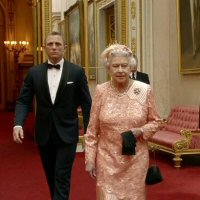 James Bond en Queen Elizabeth